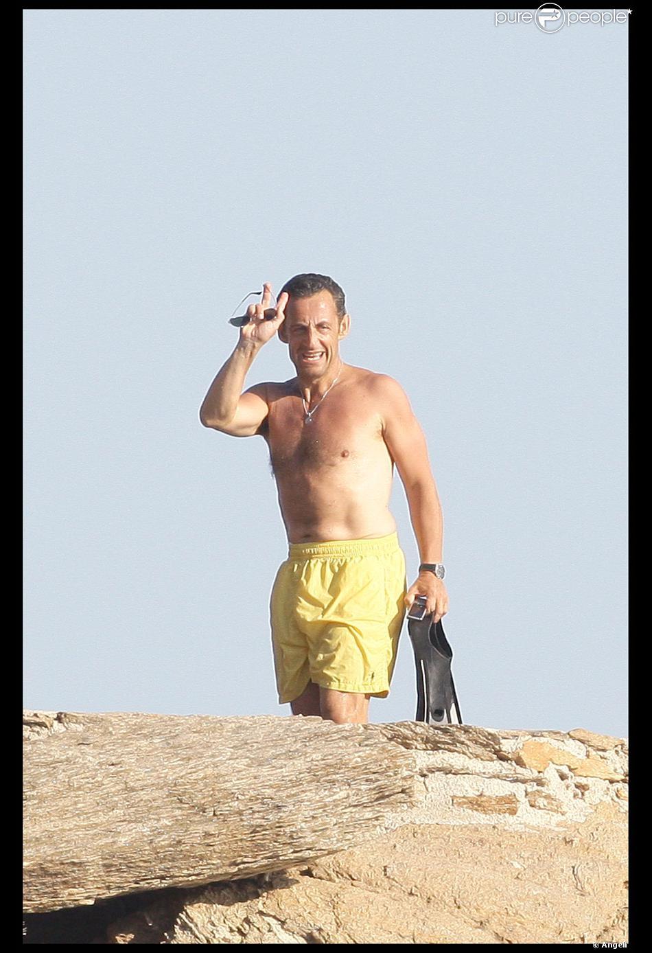 Nicolas Sarkozy En Vacances Au Cap Negre Purepeople