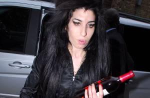 Amy Winehouse : son mari envisagerait de demander le divorce...