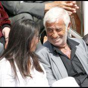 Roland Garros 2010 - Jean-Paul Belmondo et sa Barbara, Guillaume Canet et sa maman... De jolis duos passionnés !