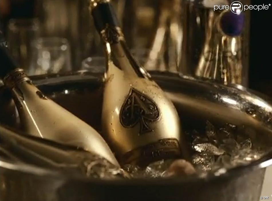 Champagne qui coule à flot