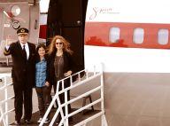 John Travolta débarque en Afrique du Sud pour la Coupe du monde avec sa fille et sa femme enceinte !