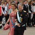 Samedi 19 juin 2010 : Le mariage de la princesse Victoria de Suède et de Daniel Westling, apothéose de leur conte de fées, a été béni par un incroyable cortège de royaux. Le prince Philippe et la princesse Mathilde de Belgique.