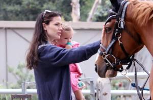 Jennifer Garner continue de nous cacher son bidon mais gère ses filles comme une super maman !