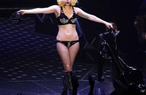 Lady Gaga, perchée sur ses talons, victime d'une chute ridicule... Cela devait arriver !
