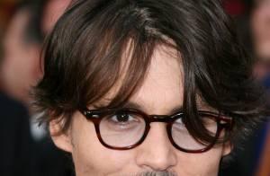 Johnny Depp sensible au désarroi des parents d'une jeune fille dans le coma...