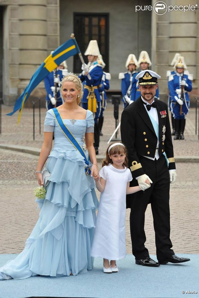 Le prince Haakon a connu fin juin 2010 une petite péripétie lors d'une sortie en mer en solo, tombant à l'eau au large de Kristiansand