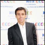 David Pujadas : Agressé et ridiculisé à la sortie des bureaux de France Télévisions ! France 2 s'indigne ! (réactualisé)