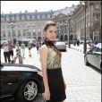 Amber Le Bon se rendant au défilé Giorgio Armani à Paris, le 6 juillet 2010