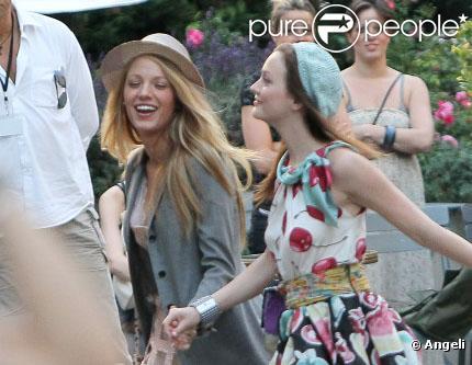 Blake Lively et Leighton Meester sur le tournage parisien de Gossip Girl... Elles sont belles à croquer !