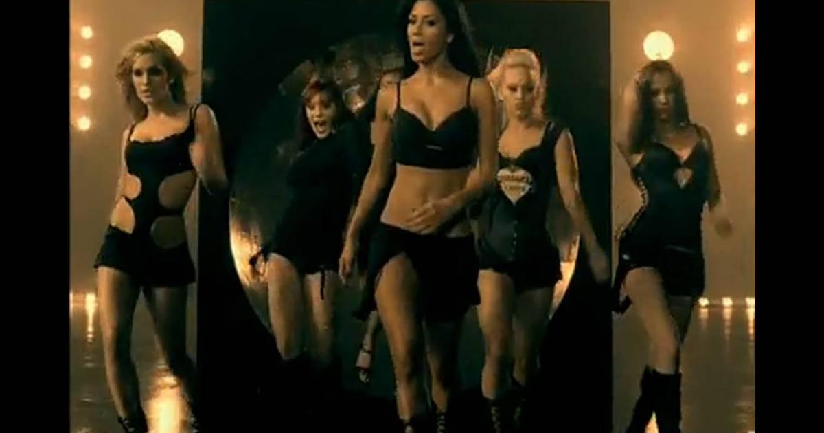 kardashian-pussy-dolls-button-ghetto