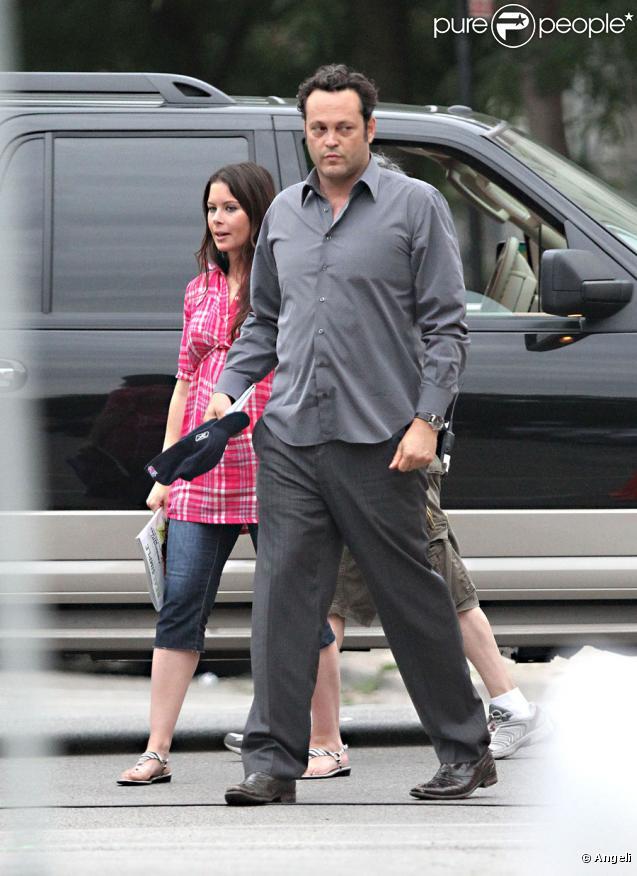 Vince Vaughn et sa femme Kyla Weber sur le tournage de What you don't know à Chicago, le 30 juillet 2010