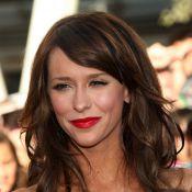 Jennifer Love Hewitt sur les traces de Sharon Stone dans une sombre affaire de viol...