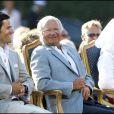 Carl Philip de Suède, 31 ans, et Sofia Hellqvist, 25 ans, vivent leur idylle de plus en plus librement : au cours de l'été 2010, leurs gestes de tendresse sont apparus en public, et le Palais Royal a officialisé leur relation...