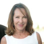 Nathalie Baye est une présidente radieuse et fait face aux problèmes de sa fille, Laura Smet...