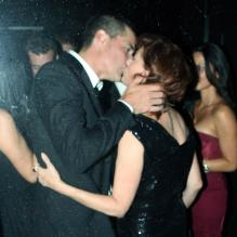 Susan Sarandon et Matthew Fox font leur show lors de l'afterparty des Emmy Awards, au Trousdale de West Hollywood, à Los Angeles, le 30 août 2010.