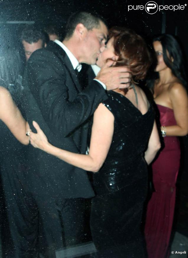Susan Sarandon et Matthew Fox font leur show lors de l'afterparty des Emmy Awards, au Trousdale de West Hollywood, à Los Angeles, le 30 août 2010.