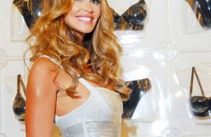 Elle Macpherson : A 46 ans, elle fait son show pour la concurrence... une beauté à tomber !