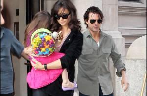 Tom Cruise, Katie Holmes et Suri : Une famille unie aux côtés des grands enfants de l'acteur !
