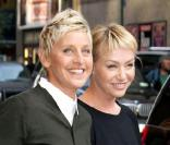 Ellen DeGeneres quitte le studio d'enregistrement de l'émission The Late Show With David Letterman à New York, au côté de sa femme Portia De Rossi, le 7 septembre 2010