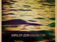 """Kings of Leon : Entre hommage à leurs racines et pub à la Center Parcs, le clip de """"Radioactive"""" divise !"""
