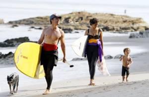 Matthew McConaughey : Sa belle Camila et leur fils Levi le suivent sur toutes les plages, quel bonheur !