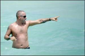 PHOTOS Eros Ramazzotti : plus belle la vie sur une plage de Miami...