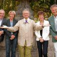 Autour de Jean-Luc Petitrenaud : Alain Baraton et Ariane Massenet, à gauche. Catherine Laborde et Nelson Monfort à droite (14 septembre 2010, Fête du Houblon au Pavillon Ledoyen)