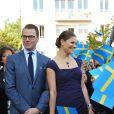 Victoria et Daniel de Suède en France le 27 septembre 2010 : ils visitent la mairie de Sceaux où se trouve le certificat de mariage de Jean-Baptiste Bernadotte et Désirée Clary datant de 1798