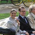 Victoria et Daniel de Suède en France le 27 septembre 2010 : ils visitent en calèche le domaine de la Grange ainsi que le château à Savigny-le-temple