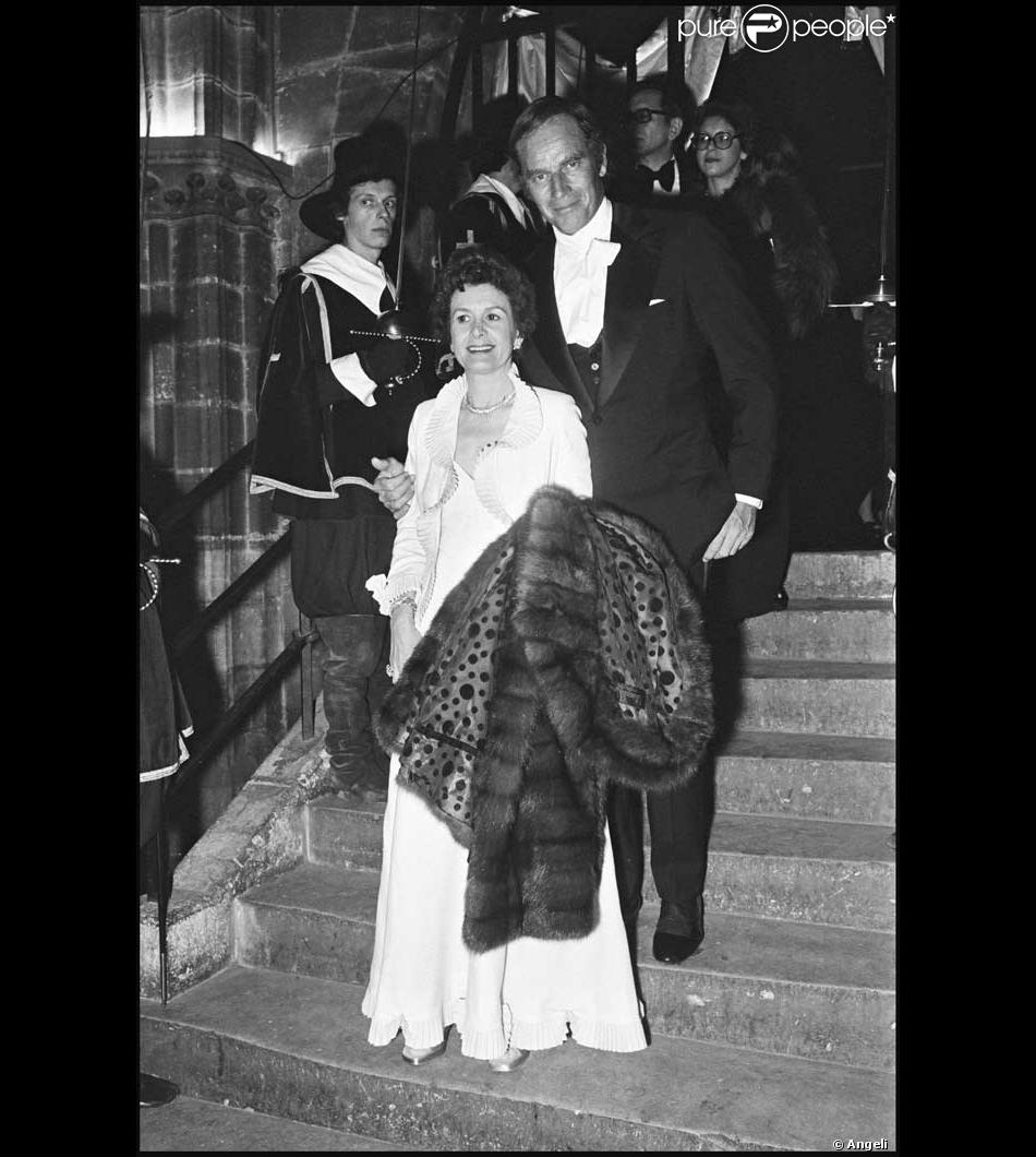 hindu single men in charlton Assassination in india: a leader of will and force  by linda charlton strong-willed,  the opposition to mrs gandhi had a single theme,.
