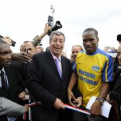 Didier Drogba : Le footballeur fait un retour triomphal à Levallois-Perret !