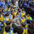 Didier Drogba inaugure un stade à son nom à Levallois-Perret en présence de Patrick Balkany et Rama Yade