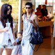 Halle Berry et sa fille Nahla font du sopping  (26 septembre 2010 à Los Angeles)