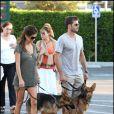 David Charvet et Brooke Burke avec leurs enfants à Los Angeles. Une famille formidable.