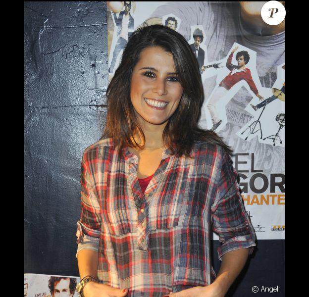 Karine Ferri au Bataclan pour assister au spectale Michael Gregorio pirate les chanteurs. 21/10/2010