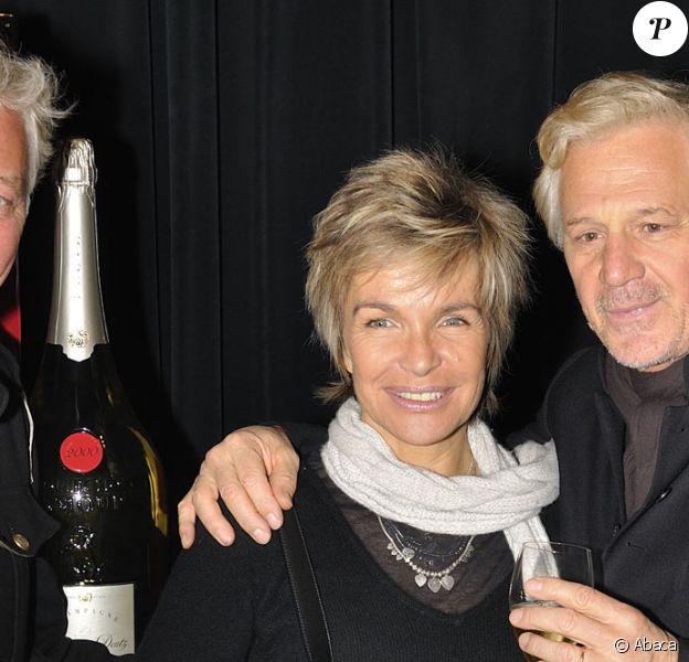 Véronique Jannot et Gérard Lenorman lors de la soirée de lancement du champagne mathusalem Amour de Deutz 2002 créé par Christofle et présenté à Paris le 21 octobre 2010