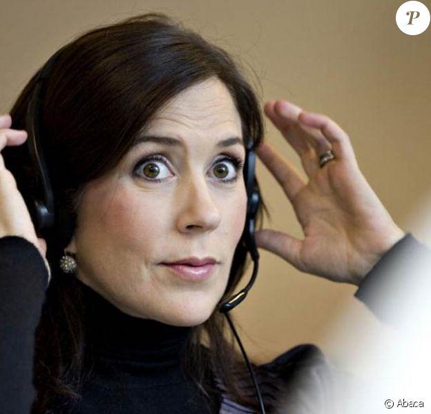 Mary de Danemark visitait le 3 novembre 2010 le centre d'apprentissage du danois Laerdansk, à Odense.