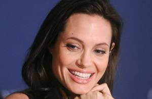 Angelina Jolie parle de sa grossesse, une première !