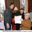 Patrick Fiori, Brian Jones et Mimie Mathy en pleine répétition pour Les Enfoirés en janvier 2001.