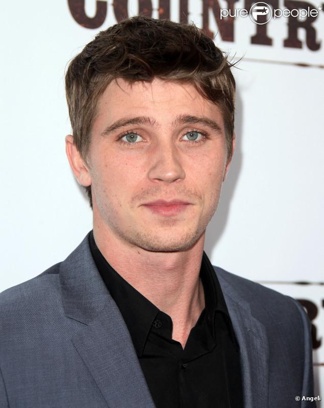 Garrett Hedlund - Beautiful Photos