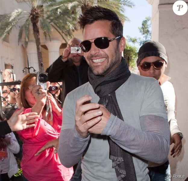 Ricky Martin signe son livre, initulée Moi, en Floride le 6 novembre 2010