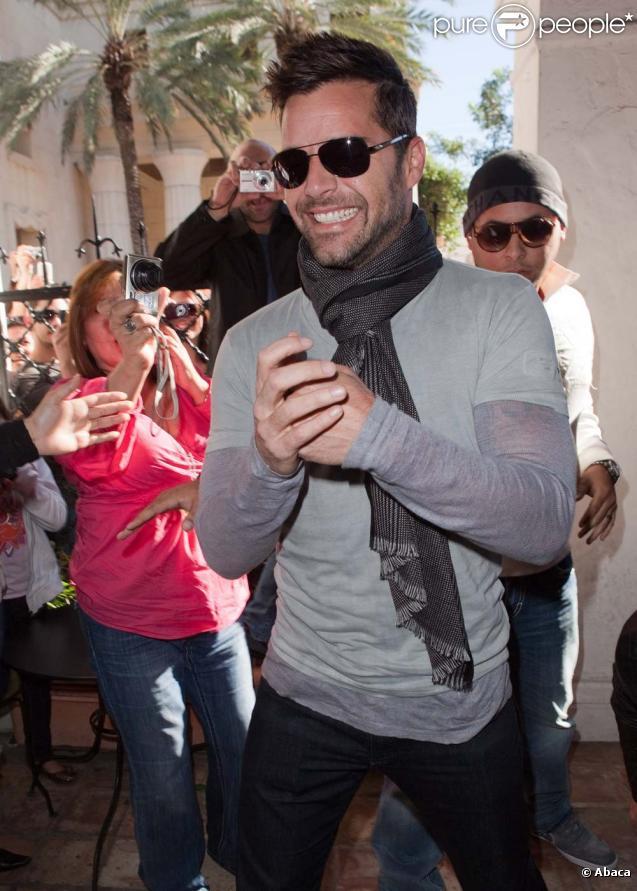 Ricky Martin signe son livre, initulée  Moi , en Floride le 6 novembre 2010