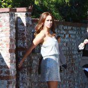 Jennifer Love Hewitt en tenue sexy, affiche ses défauts sans complexe !