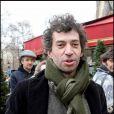 Eric Elmosnino, lors de son arrivée au Fouquet's, sur les Champs-Elysées, à Paris, pour le déjeuner des nominés des César 2011, le 5 février 2011.