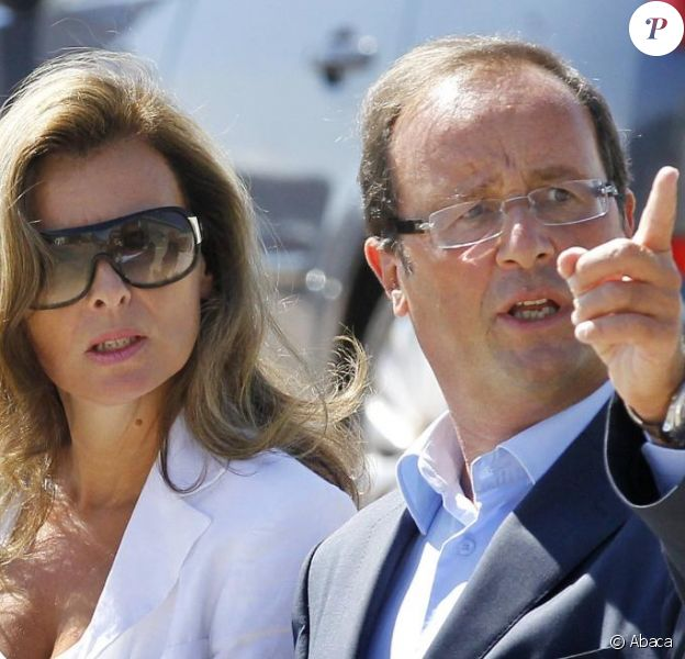 La journaliste Valérie Trierweiler, compagne de François Hollande, à La Rochelle, en août 2010.