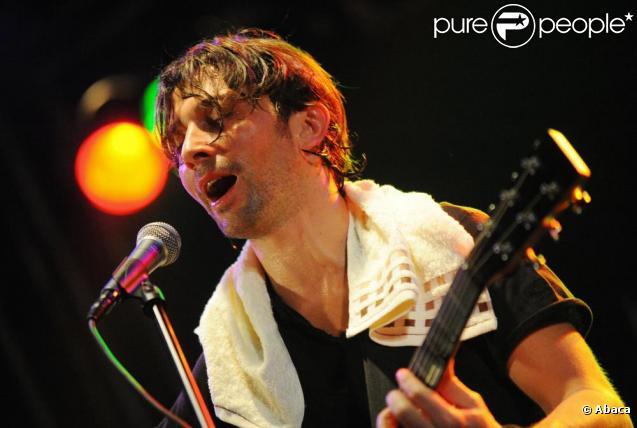 Sébastien roch, lors d'un concert à moscou, en décembre 2009