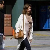 """Jessica Alba enceinte : Elle ne peut plus cacher son """"gros"""" ventre !"""
