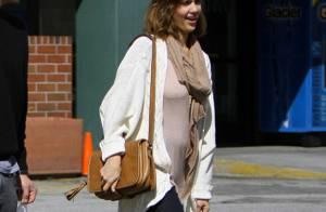 Jessica Alba enceinte : Elle ne peut plus cacher son