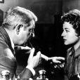 Annie Girardot face à Jean Gabin dans Maigret tend un piège