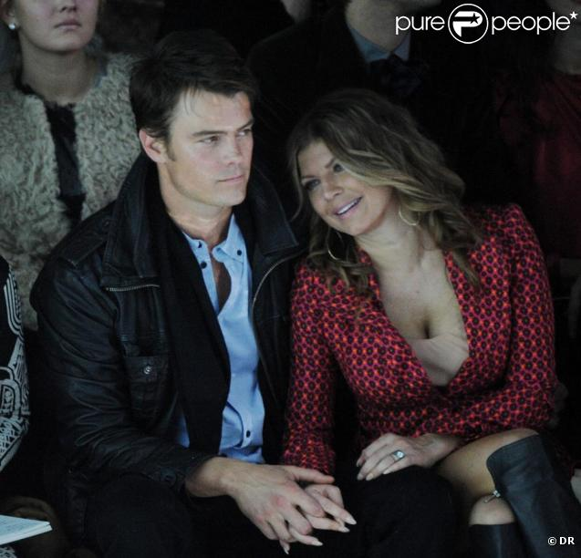 Fergie et Josh Duhamel assistent au défilé Marc Jacobs, à New York, dans le cadre de la Fashion Week, le 14 février 2011.